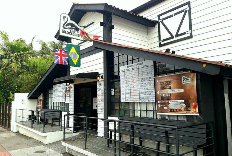 Bares em Florianópolis: The Black Swan Pub