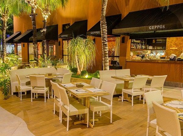 Praia de Meireles: Gastronomia