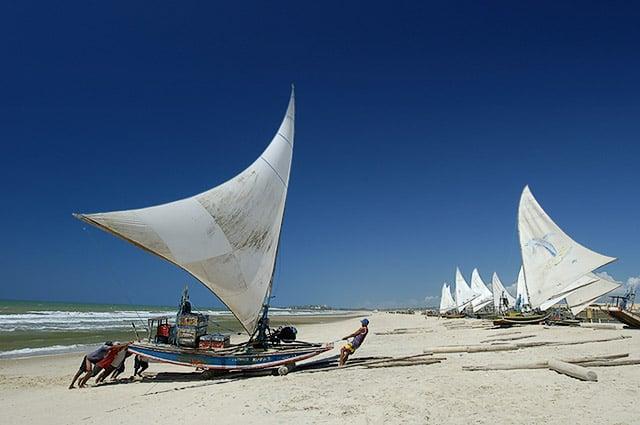 Praia do Mucuripe em Fortaleza: Jangadas