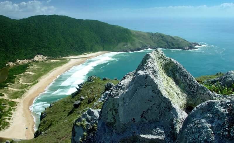 Praia da Lagoinha do Leste em Florianópolis