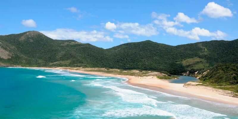 Praia da Lagoinha do Leste em Florianópolis: Vista panorâmica da Praia