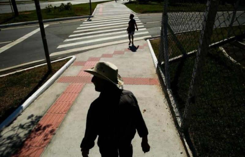 Deficientes Físicos em Florianópolis: Rota Acessível