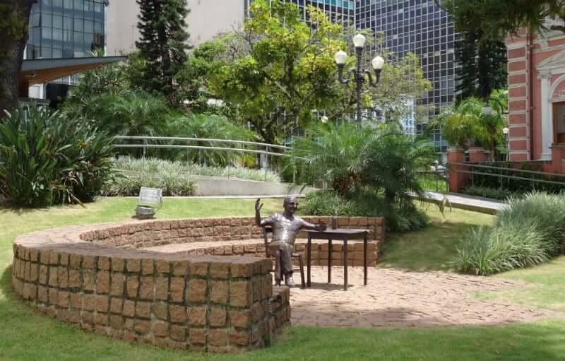 Palácio Cruz e Sousa em Florianópolis: Jardim