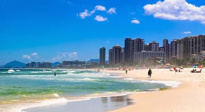 Praia da Barra da Tijuca no Rio de Janeiro