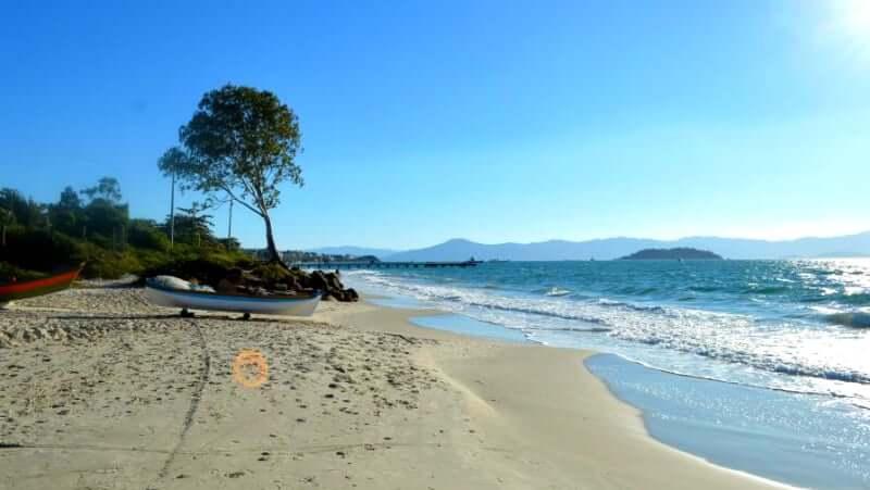 Praias do norte de Florianópolis: Praia Cachoeira do Bom Jesus