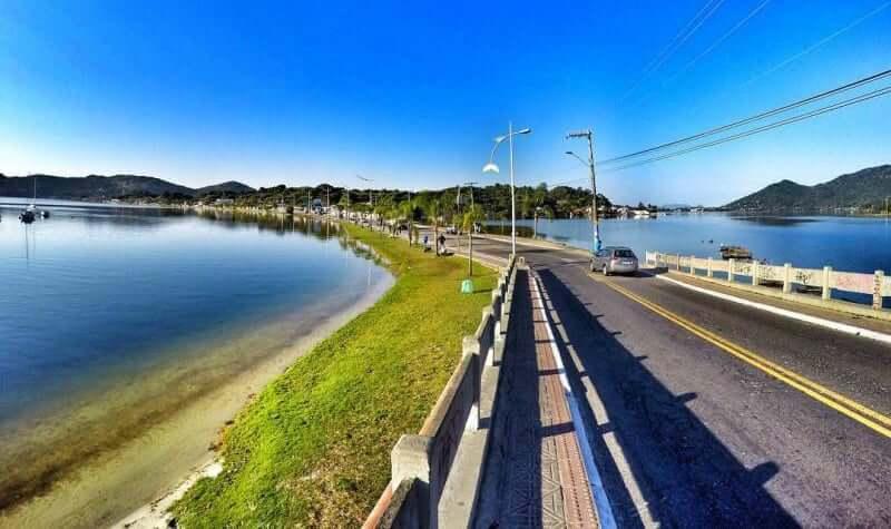 Roteiro de 5 dias em Florianópolis: entrada da Avenida das Rendeiras