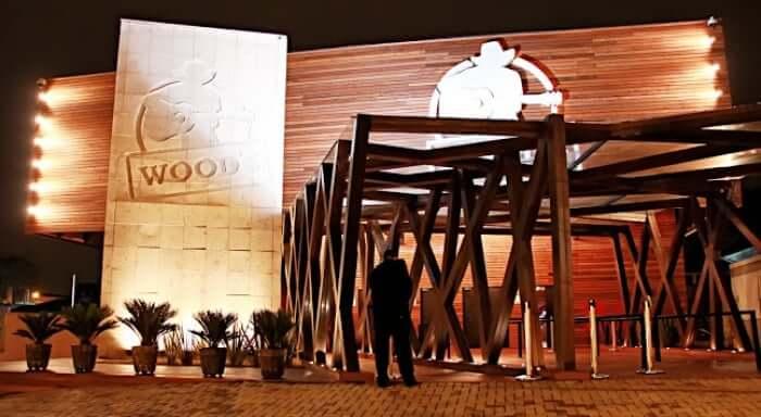 Melhores baladas em Curitiba: Wood's
