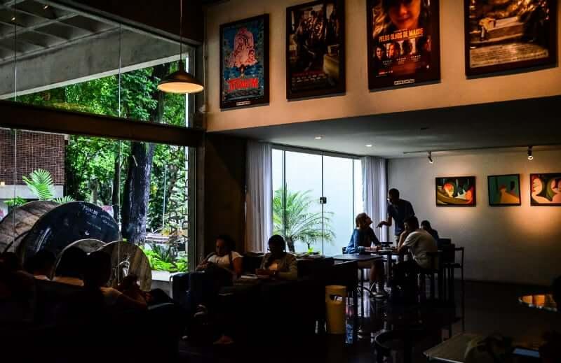 Lua de mel em Salvador: Cinema do Museu