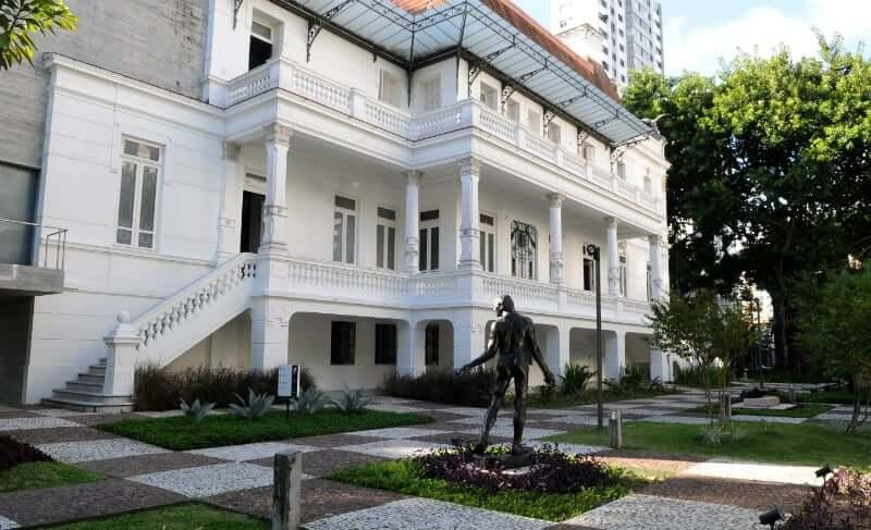 Museus em Salvador: Jardim do Palacete das Artes