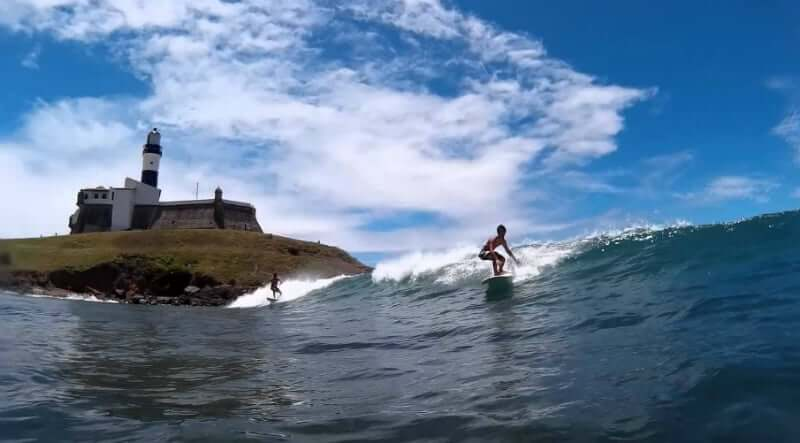 Praia do Farol da Barra em Salvador: Surf