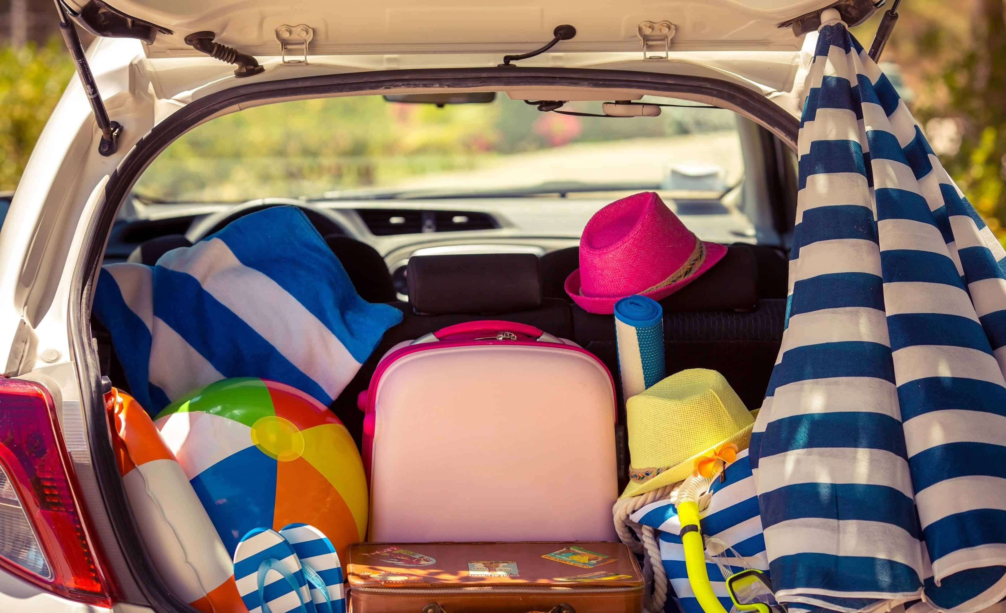 Como ir do aeroporto de Salvador até o centro turístico: Aluguel de carro é a melhor opção para carregar malas