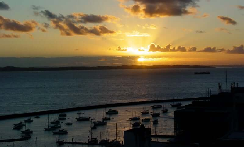 Mapa turístico de Salvador: Pôr do Sol na Baía de Todos os Santos
