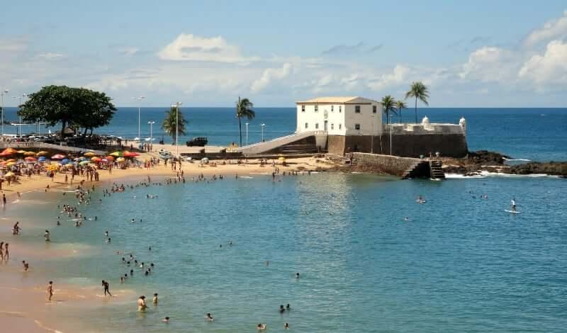 Roteiro de 1 dia em Salvador: Praia do Porto da Barra