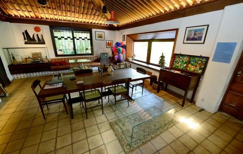 Praia de Amaralina em Salvador: Casa do Rio Vermelho