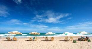 Praia Stella Maris em Salvador: