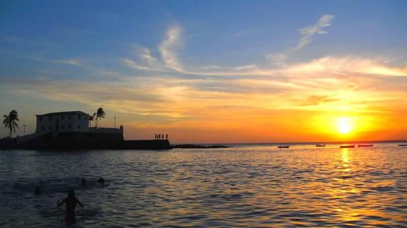Roteiro de 5 dias em Salvador: Pôr do sol na Praia do Porto da Barra