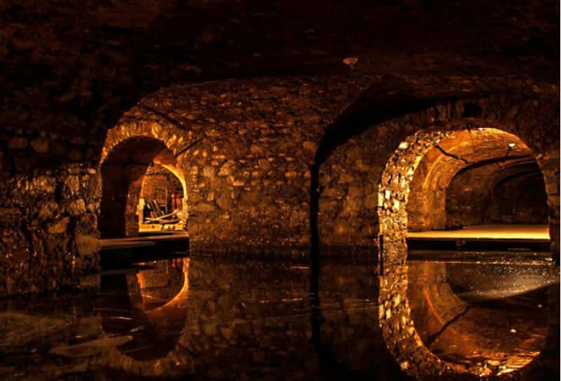 Mercado Modelo em Salvador: Túneis Subterrâneos