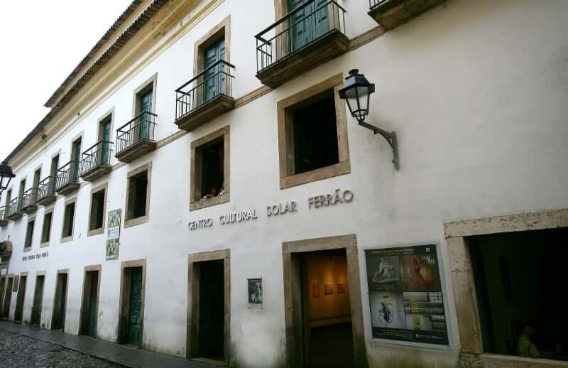 Centro Cultural Solar do Ferrão em Salvador: Monumento histórico em que está instalado o Solar Ferrão