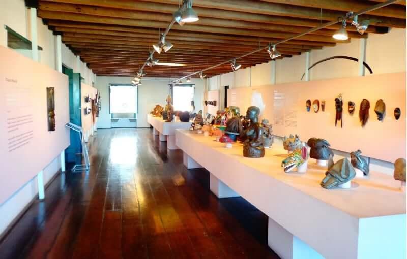 Centro Cultural Solar do Ferrão em Salvador: Arte Africana