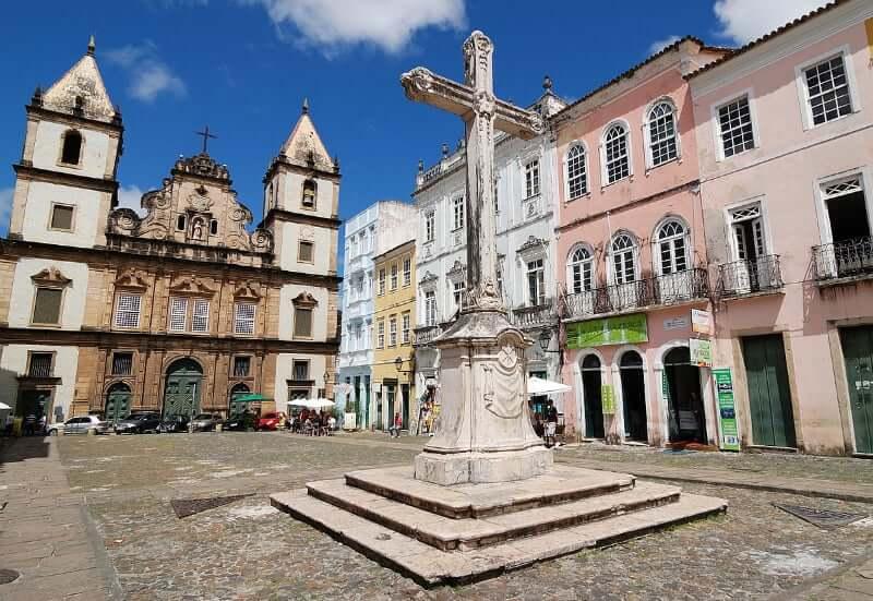 Igreja e Convento de São Francisco em Salvador: Igreja e o Largo de São Francisco