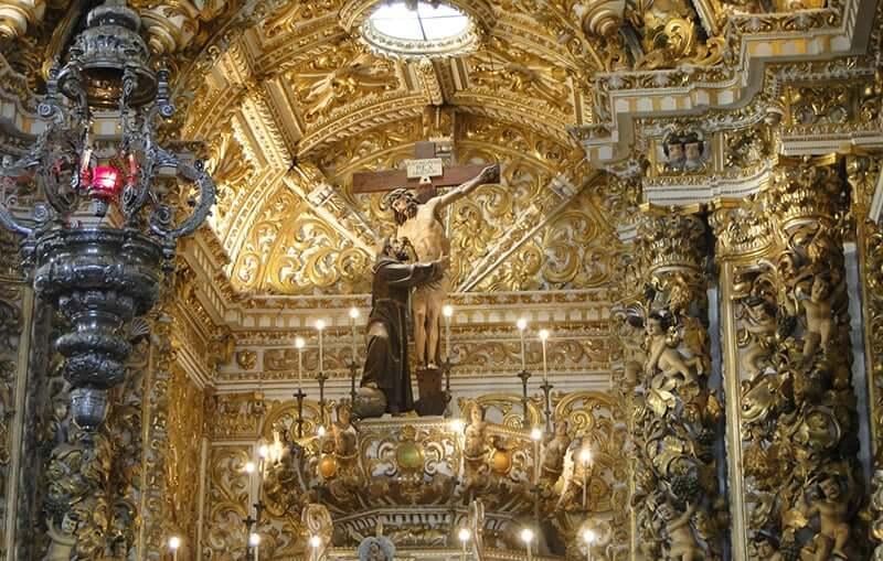 Igreja e Convento de São Francisco em Salvador: Detalhes do altar