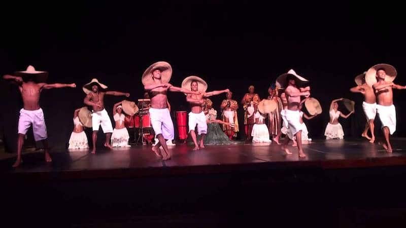 Museu Tempostal em Salvador: Balé folclórico da Bahia