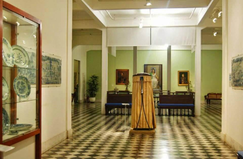 Museu de Arte da Bahia em Salvador: Acervo com várias relíquias