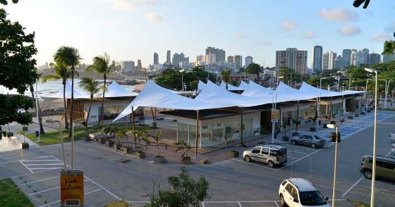 Mercado do Peixe em Salvador: Mercado do Peixe e estacionamento