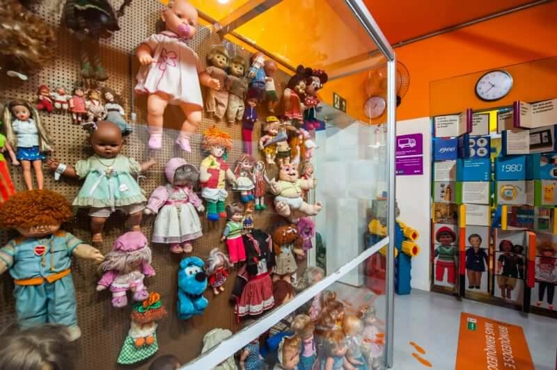 O que fazer com as crianças em Belo Horizonte: Exposição de bonecas do Museu dos Brinquedos