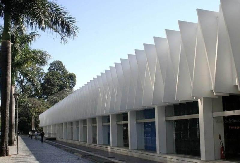Parque Municipal Américo Renné Giannetti em Belo Horizonte: Palácio das Artes