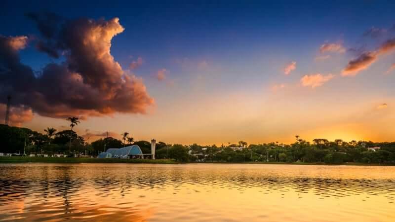 Clima e Temperatura em Belo Horizonte: Dia de verão na lagoa da Pampulha