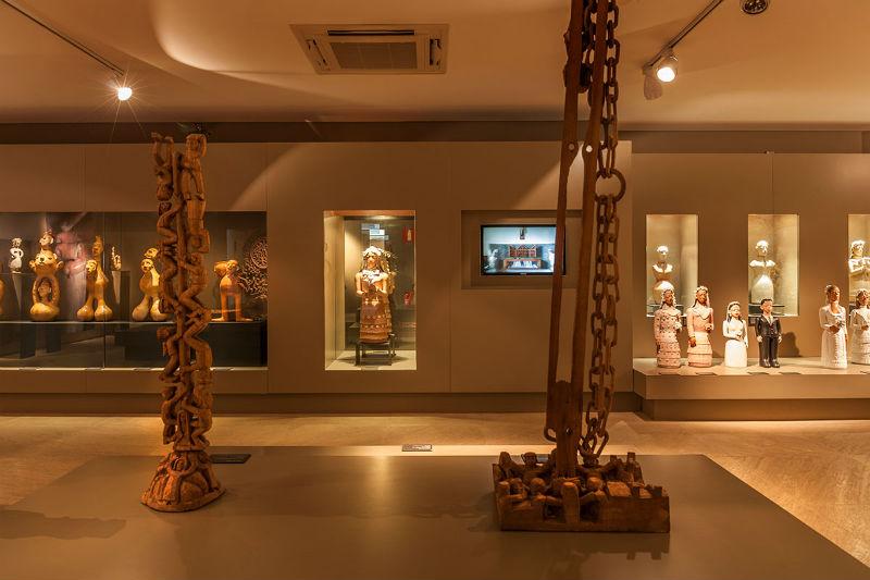 Centro de Arte Popular - CEMIGem Belo Horizonte: Esculturas
