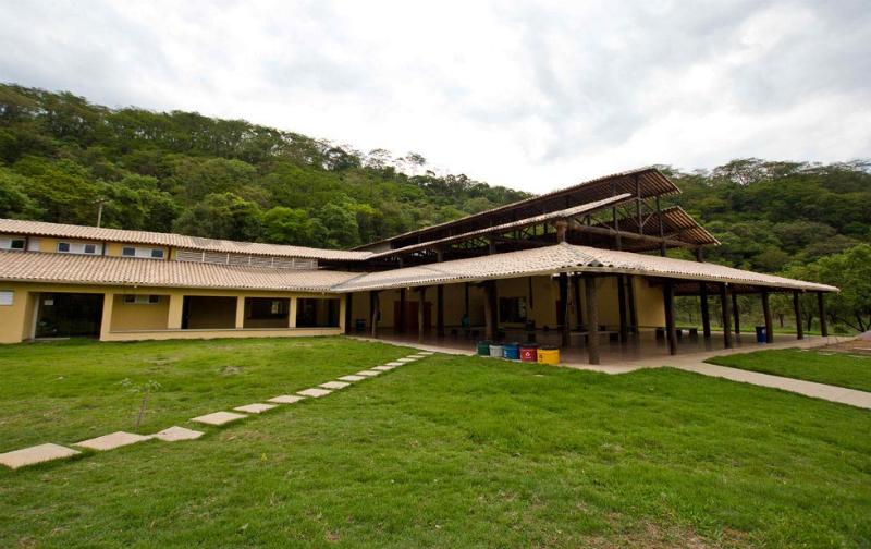 Gruta Rei do Mato em Belo Horizonte: Monumento Natural Estadual Gruta Rei do Mato (MNEGRM)