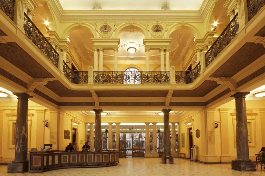 Museu de Artes e Ofícios em Belo Horizonte: Interior do museu