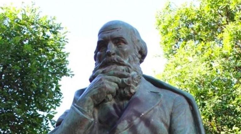 Praças em Blumenau: Dr. Fritz