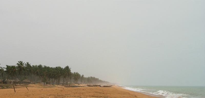 Clima e temperatura em Maceió: Praia com chuva